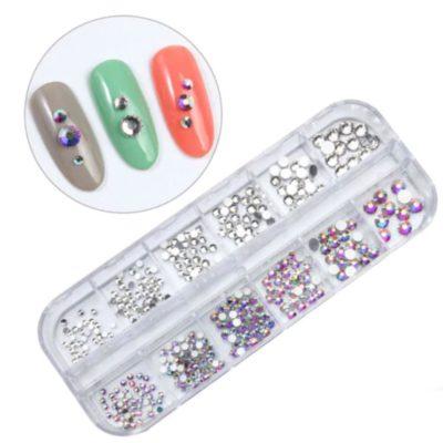 decoraciónd e uñas cristales swarovski y piedras